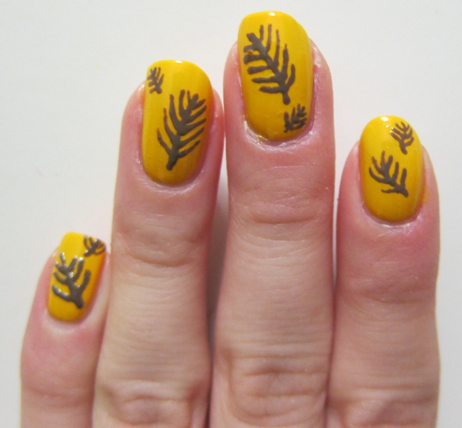 Feather nail art Lashon Harah
