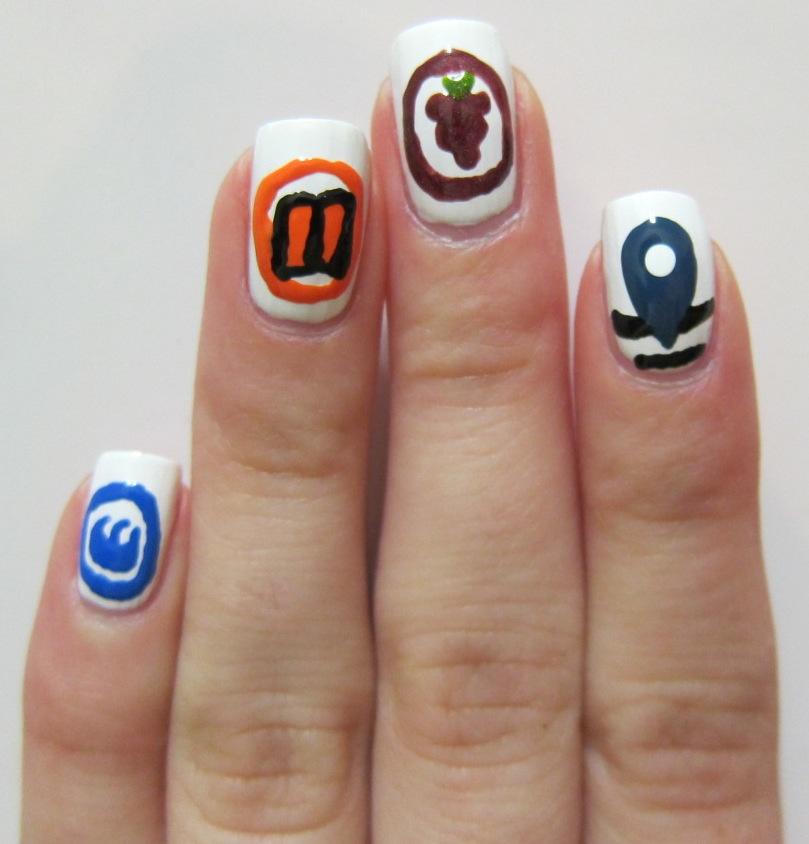 Foursquare nail art